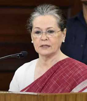 Modi thinks all power should be under him - Sonia Gandhi