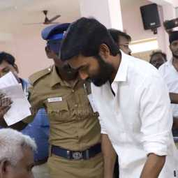 dhanush cast to vote