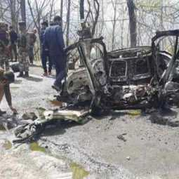 car bomb explodes in banihal kashmir