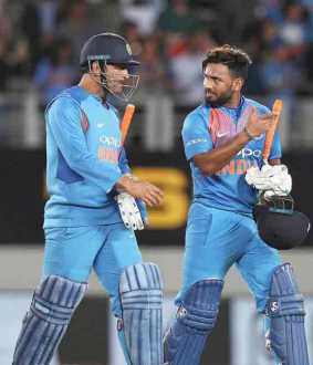 gilchrist advices rishab pant