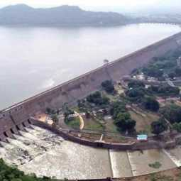 Reduction of water levels from Mettur Dam