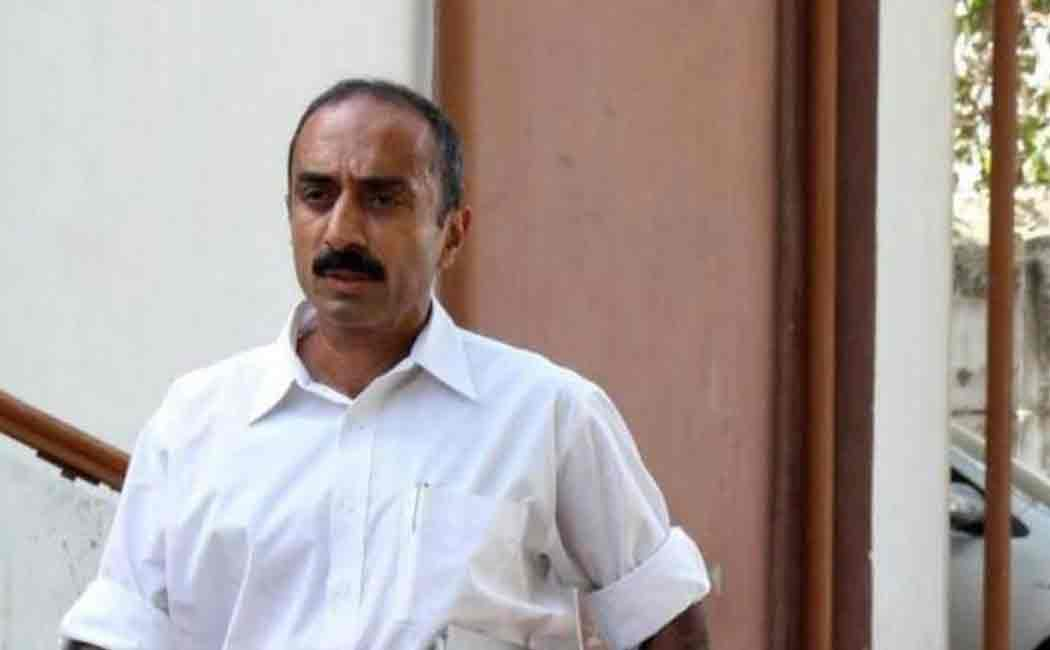 ex ips officer sanjiv bhatt sentenced to life in 1990 Jamjodhpur case