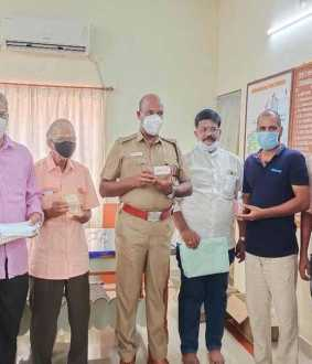 chidambaram police dsp masks, sanitizers provieded