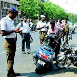 License revocation of 24 thousand people in one year ... - Erode police record