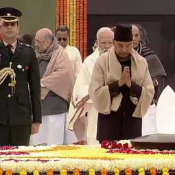 former PM Atal Bihari Vajpayee on his birth anniversary DELHI 'Sadaiv Atal'  PM, PRESIDENT