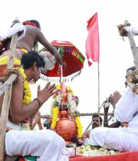 Minister who sacrificed more than Rs i crore to temple