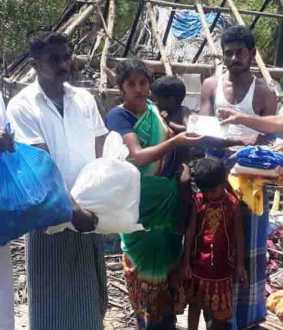 thanjavur peravurani - House - Incident - dmk Members help