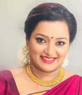 nia says swapna suresh has connections with kerala cm office